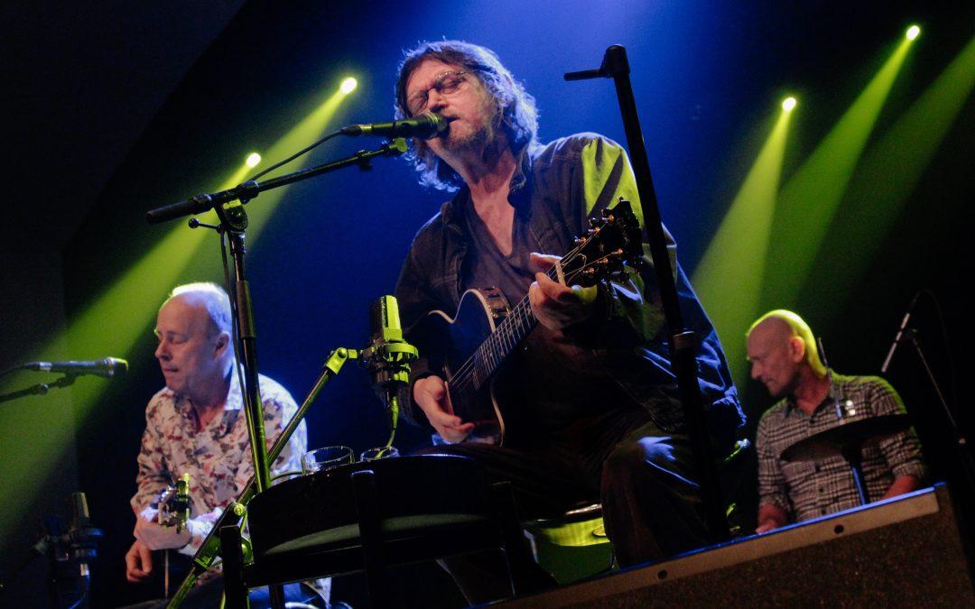 Johnny Madsen, Knud Møller og Henrik From (akustisk)